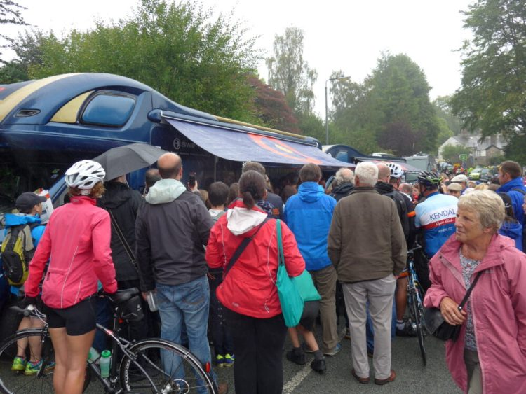 Queuing to see Bradley Wiggins at the Tour of Britain Stage 2 2016