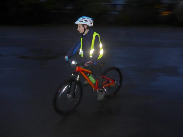 KIDS High Visibility in the DARK NEW Bicycle // Mountain Bike SAFETY LIGHT