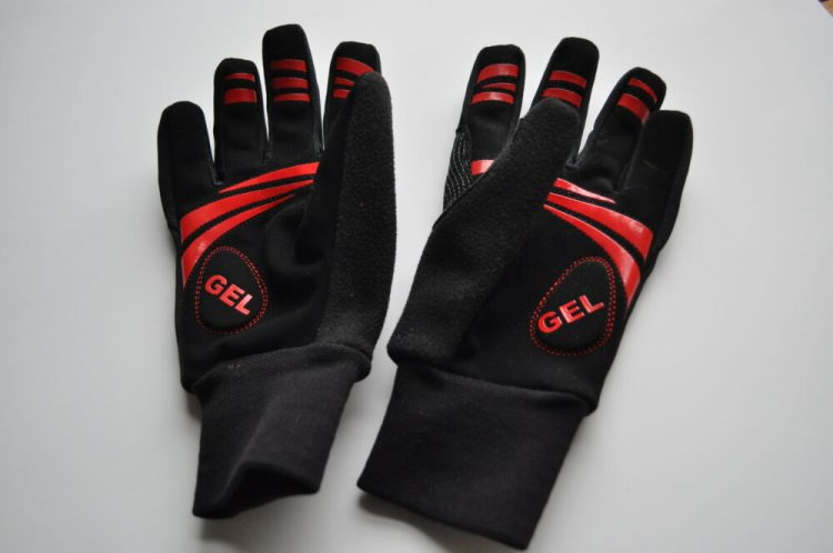 Polaris Mini Attack kids winter cycling gloves palm detail