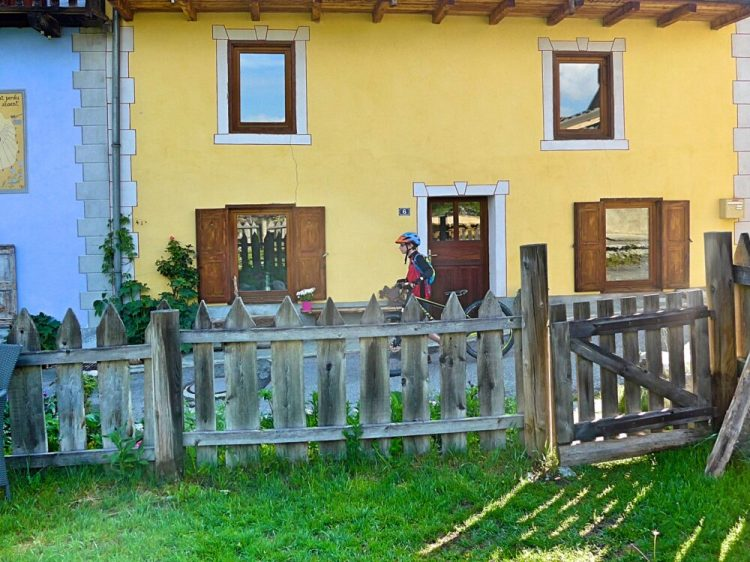 Review of family friendly accommodation Maison Amalka in Vallée de la Clarée near Montgenèvre, Briançon and the French-Italian border
