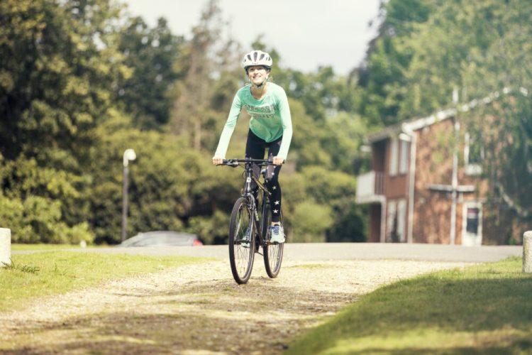 Frog 78 - a hybrid kids bike for taller / older kids and teenagers