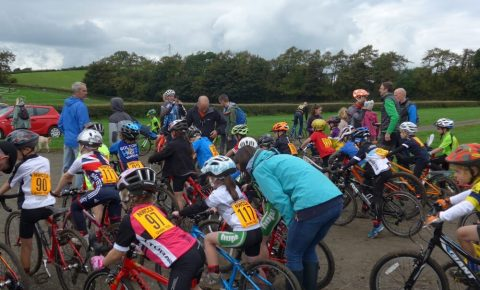 Start of the Cyclocross race