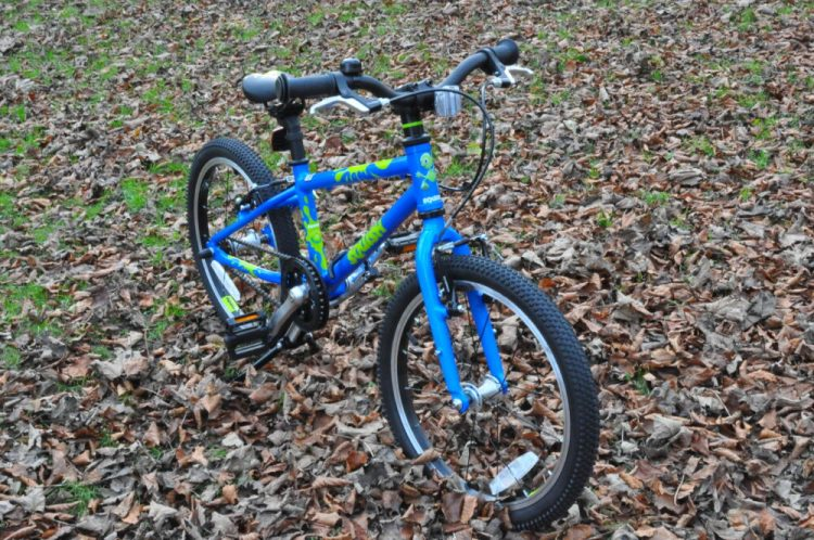 "Cheap 18"" wheel kids bike - the Squish 18"