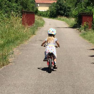 Vitus 14 kids bike in action