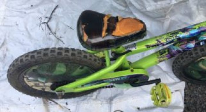 Why you shouldn't buy a cheap boys bike - this is what happens to a saddle on a really cheap kids bike