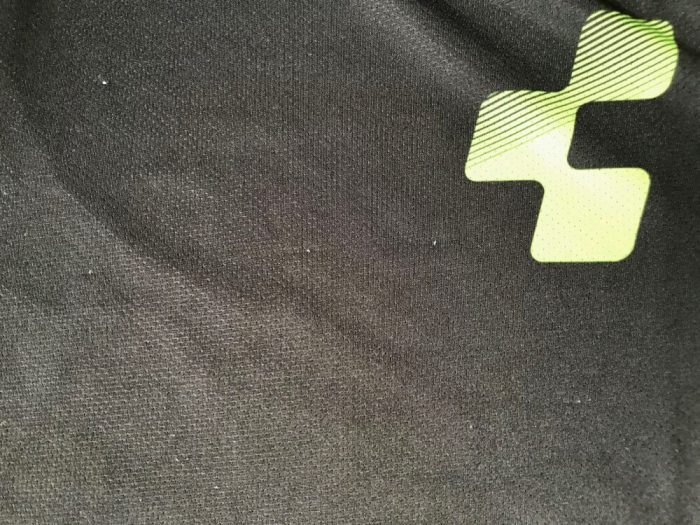 Cube MTB Jersey - little pulls in fabric on the Cube Actions Essentials Mountain Biking jersey, which was tested by our teenage rider