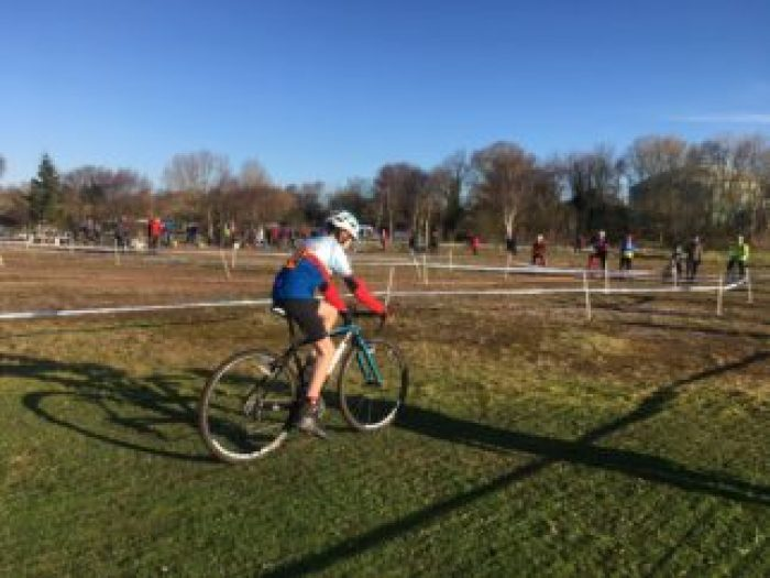 12 year old racing in a cyclocross CX race on a drop handlebar cyclocross bike for kids - the Worx JA700