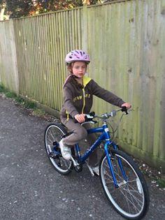 Ridgeback Dimension kids bike in use