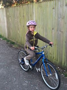 Ridgeback Dimension kids bike in use