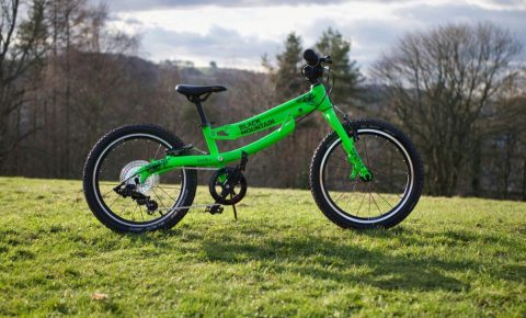 "Black Mountain KAPEL review - a closer look at this growing 18"" wheel kids bike"