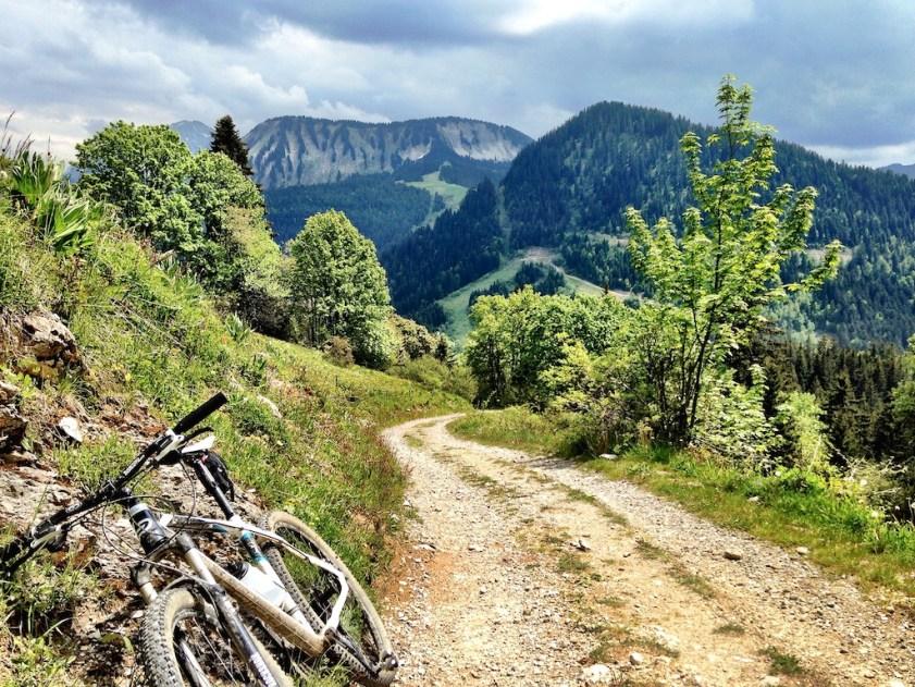 Road to Col de Planchamp