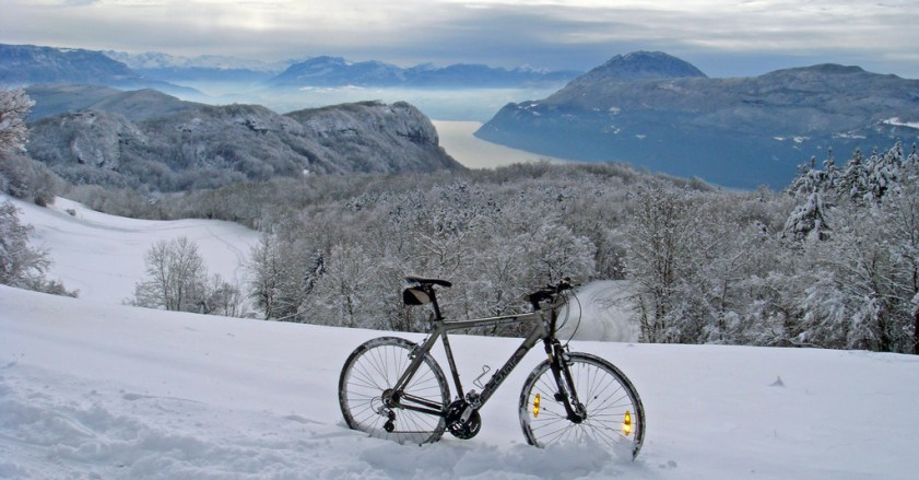Lac du Bourget in distance - near Col du Sapenay