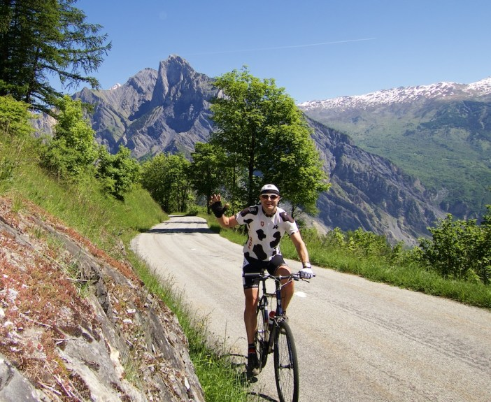 Road to Col d'Albanne