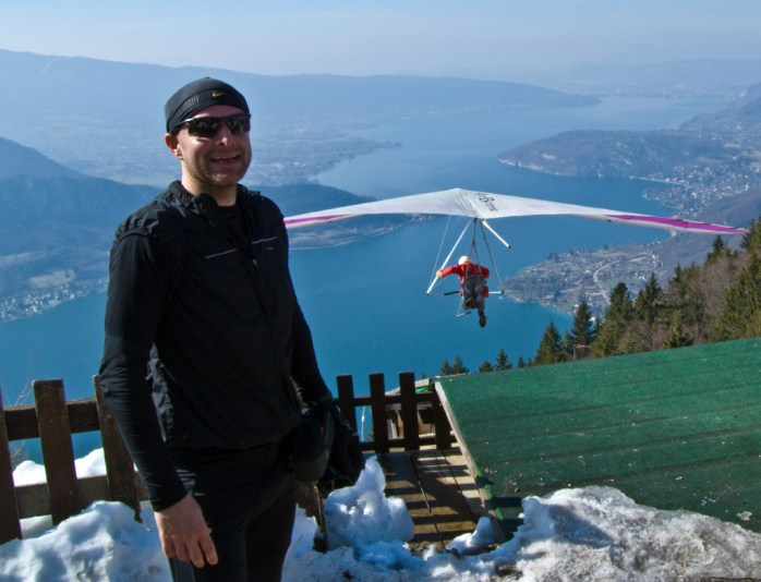 Hang-gliding from Col