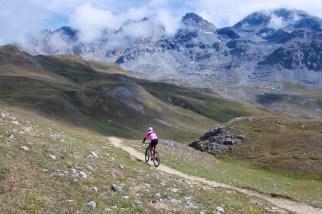 Descending Col de la Vallee Etroite