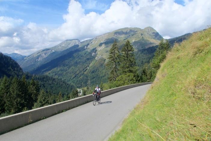 Approaching Goat Town/Les Lindarets