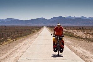 The cement road to Willowmore