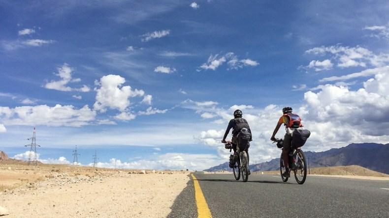 Cycling from Khaltsi to Nimmu on the Srinagar-Leh Highway
