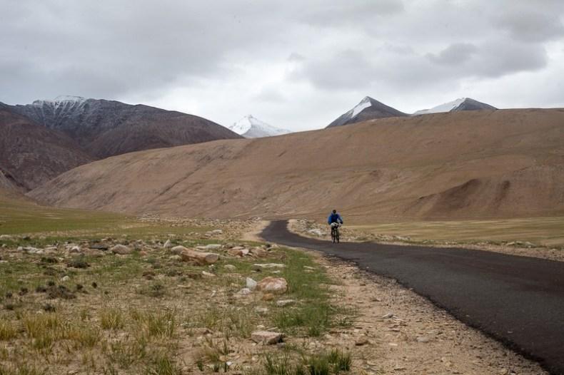 Cycling from Sumdo to Tso Moriri