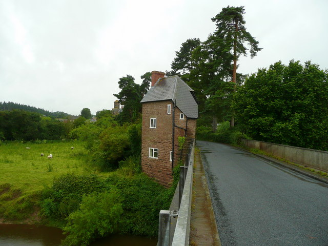 Hoarwithy Toll House