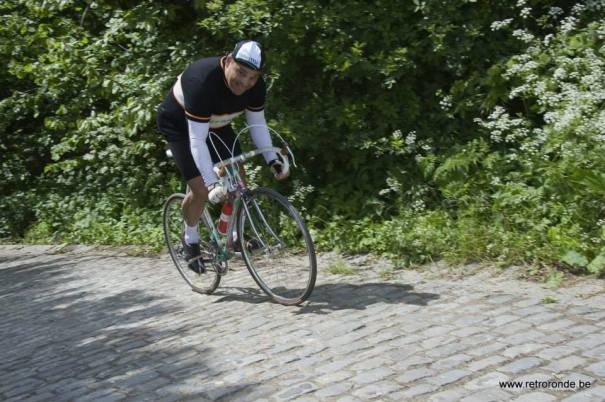 Here I am… climbing 'The Wall' Retro Ronde 2013