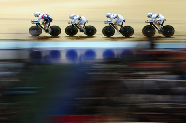 Great Britain compete in the Women's Team Pursuit Qualifying. Image - ©Alex Broadway / SWPIX.COM