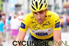 Ook gele truidrager Cancellara was goed door de afdaling heen gekomen (foto: © Laurens Alblas/Cyclingstory.nl)