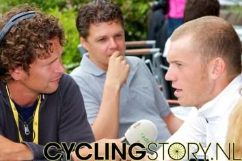 Ook Lars Boom had flink wat aandacht van de pers (foto: © Laurens Alblas/Cyclingstory.nl)