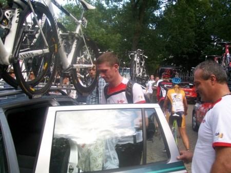 Zo snel als de nummer vijf van de Tour verscheen, zo snel was hij ook weer weg. (Foto: © Tim van Dijk/Cyclingstory.nl)