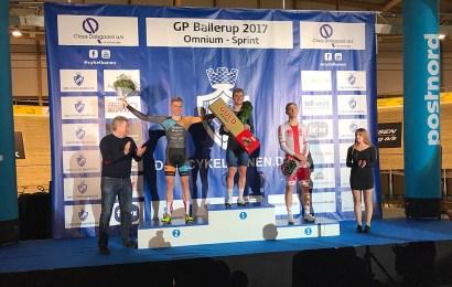 Onmium sejr til Niklas Larsen. Sprintsejr til tyske Hintze