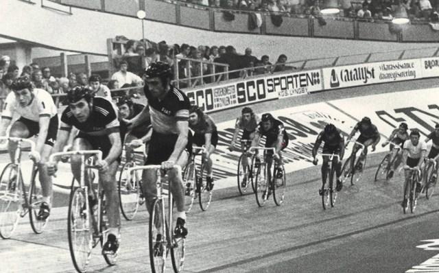 100km1975