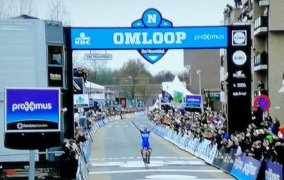 Zdenek Stybar første tjekkiske vinder af Omloop Het Nieuwsblad. Juul-Jensen bedste dansker