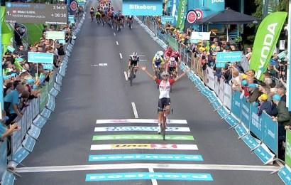 Tiesj Benoit vinder af 1. etape i PostNord Danmark Rundt