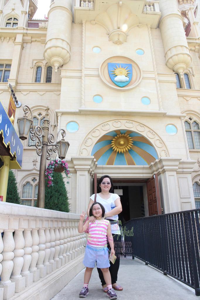universal studios fiona's castle entrance