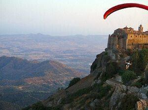 Paragliding in Cyprus Stavrovouni