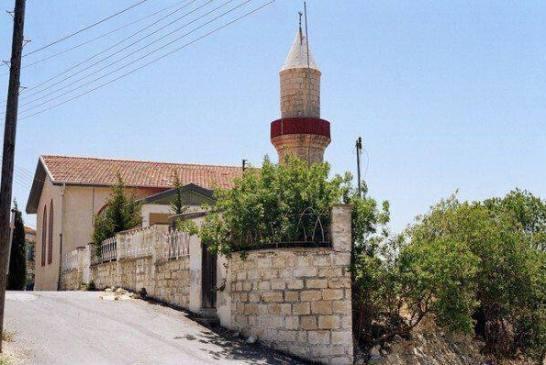 Τέμενος στο χωριό Μαλλιά, Λεμεσού