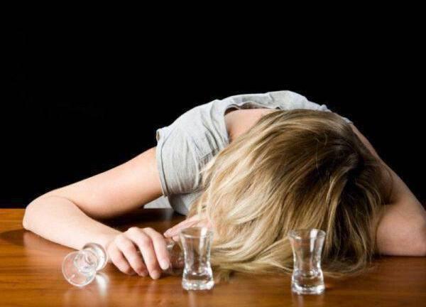 ΑΞΙΟΘΑΥΜΑΣΤΟ: Φροντίδα μονογονικής μητέρας με σοβαρό πρόβλημα Αλκοολισμού!