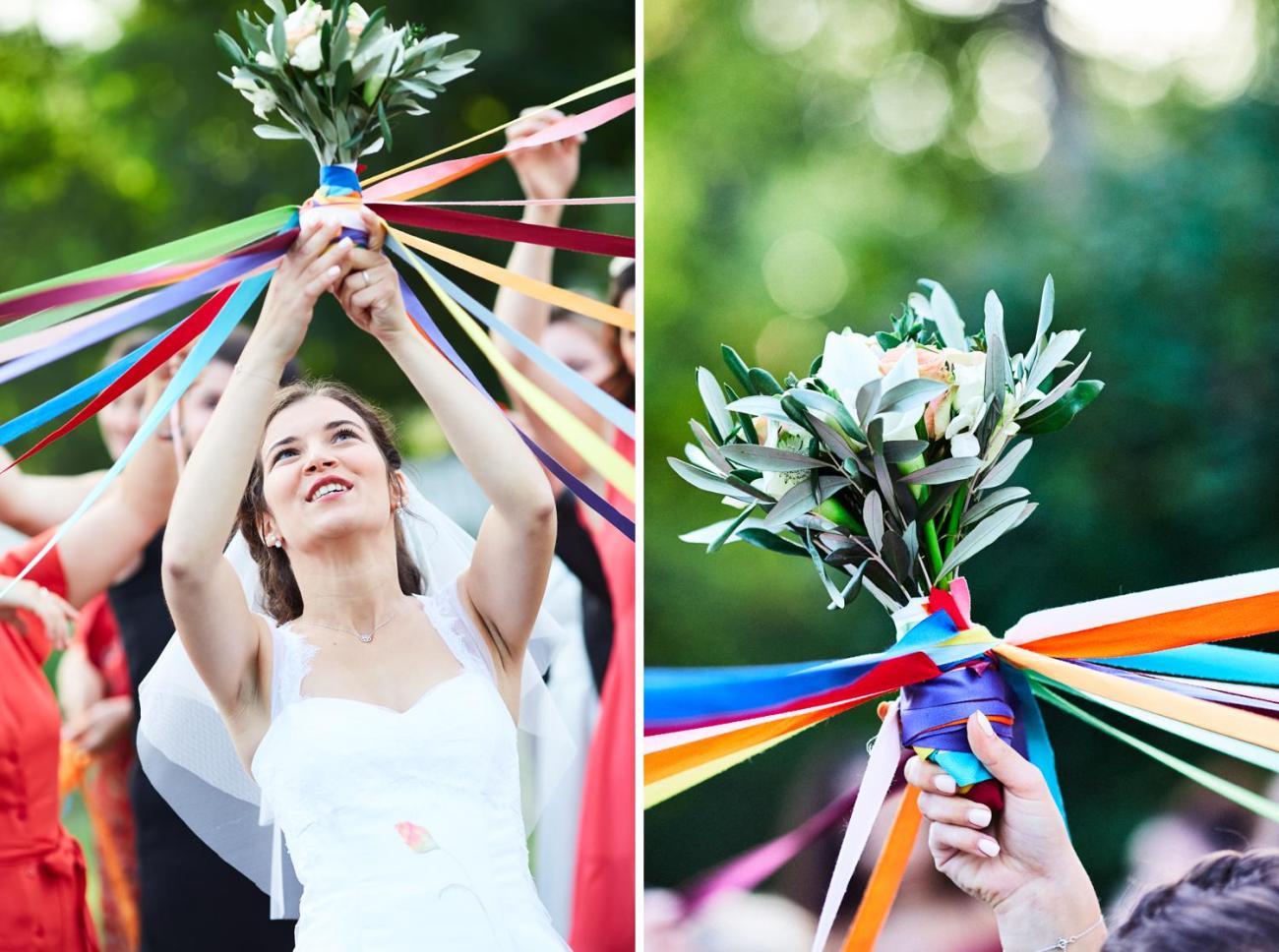 Le jeu du bouquet de la mariée lors d'un mariage champêtre et chic