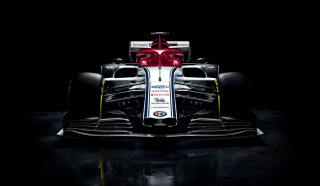 2019 Alfa Romeo Racing C38 prezentacja 02