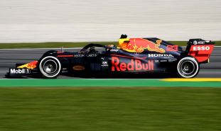 2020 Testy Red Bull Albon Barcelona