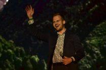 Martin Chodúr při interpretaci Písně o mé zemi na koncertě Lýra´50 - Mám rozprávkový dóm v Bratislavě (2016) - (photo Patrik Ratajský)