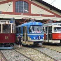 tramvaje ve Střešovicích