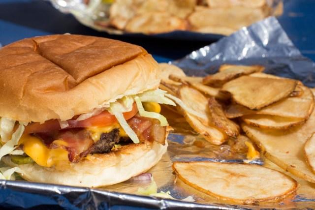 North Star Bacon Cheeseburger0071