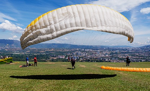 Paraglider, Bucaramanga, Colombia