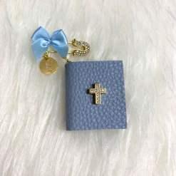 Anstecknadel mit Bibel blau 1Buchstabe