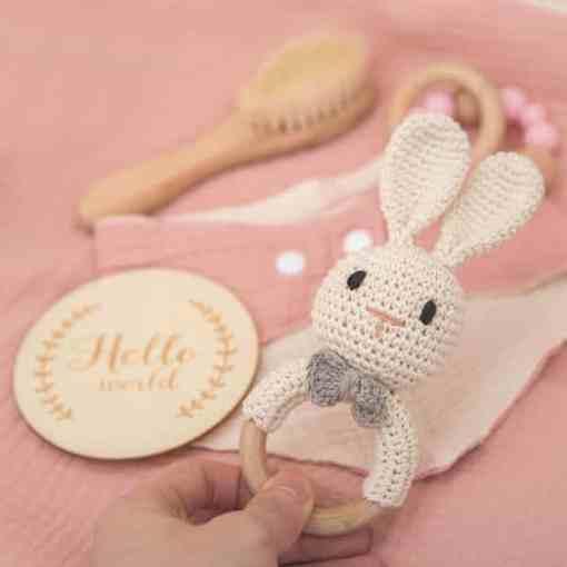 babygeschenk set hase rosa babyspielzeug