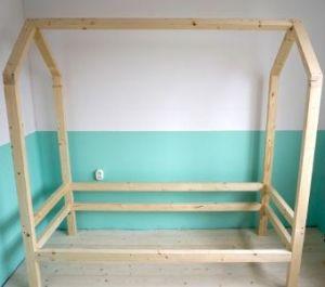 houten huisjesbed maken zelf diy peuterbed kinderbed bed