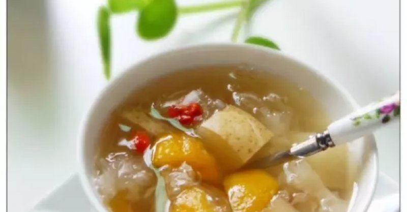 枇杷雪梨銀耳糖水的詳細做法 - 大廚網簡易食譜