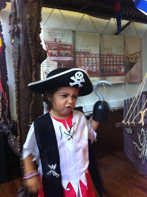 laura pirata