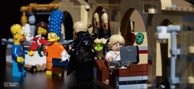 Dans une galaxie très très lointaine, un fils et son père sont déjà en train d'essayer de gagner les sets exceptionnels Star Wars (D.Stankovski)